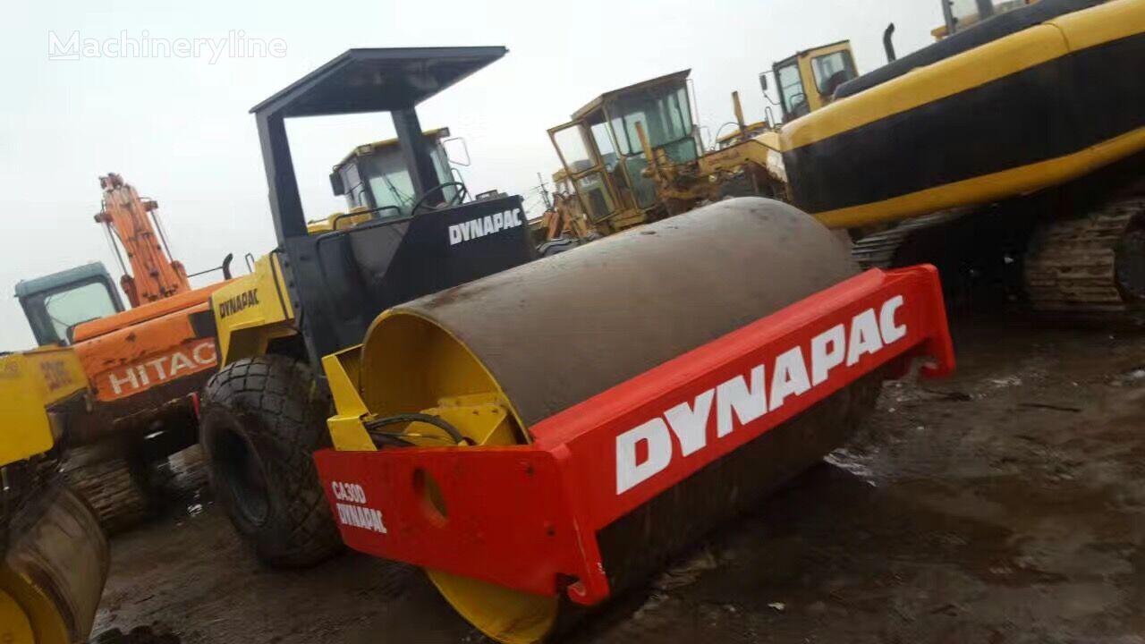 каток грунтовый DYNAPAC CA30D